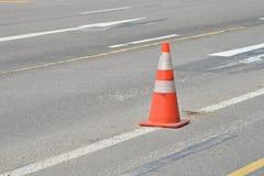 Straßen-warnender Kegel Stockbilder