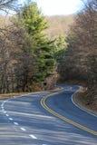 Straßenansicht in Berge in Virginia Lizenzfreies Stockfoto