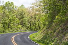 Straßenansicht in Berge in Virginia Stockbilder