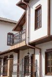 Straßenansicht der typischen bulgarischen Architektur, Tryavna Stockbild