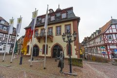 Straßenansicht einer mittelalterlichen Stadt Gelnhausen Lizenzfreies Stockfoto