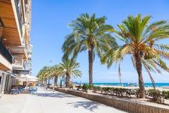 Straßenansicht von Calafell, Tarragona Region, Spanien Stockbilder