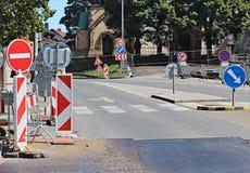 Straßenarbeiten an der Stadt Stockfotos