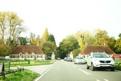 Straßenatmosphäre von Großbritannien-Szene stockfotografie