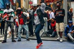 Straßenausführende quadrieren manchmal, New York City stockfotografie