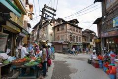 Straßenbasar von Srinagar - Jammu und Kashmir lizenzfreie stockbilder