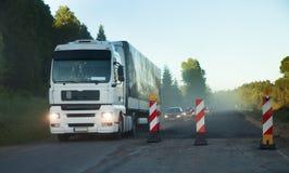 Straßenbau, Verkehr stockfoto
