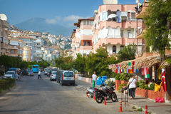 Straßenbild in Alanya Stockbild