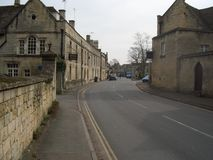 Straßenbild in Northleach, Cotswolds Lizenzfreie Stockbilder