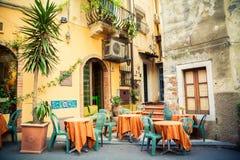 Straßencafé in Taormina Lizenzfreies Stockbild