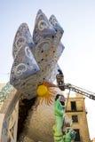 Straßenfest-Marionetten-Feuer-Skulptur-Kopf stockfotos