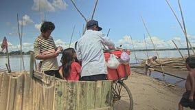 Straßenhändler, Eiscreme, Kambodscha, Südostasien stock video footage