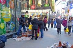 Straßenhändler herein in Midtown Manhattan Lizenzfreies Stockbild