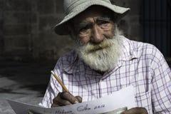 Straßenkünstlerhaltungen in Havana, Kuba Stockbilder