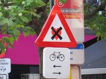 Straßenkunst-Zeichenaufkleber Stockbild