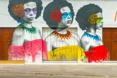 Straßenkunstgraffiti auf einer Wand in der Straße von Cartagena, Colomb Lizenzfreies Stockbild