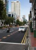 Straßenleben: Einfacher Verkehr in Chinatown, Singapur Stockfoto