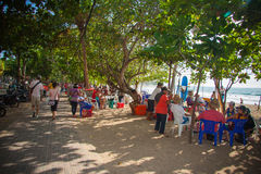 Straßenmarkt an Kuta-Strand Stockfoto