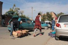 Straßenmarkt in Osh Lizenzfreie Stockbilder