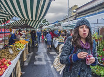 Straßenmarkt in Santiago Stockbild