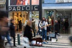 Straßenmusiker auf einer der Straßen im alten Stadtzentrum Stockfotos