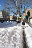 Straßennachmahd eines Winterblizzards Lizenzfreies Stockbild