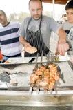 Straßennahrungsmittelhuhn auf heißem Grill Jerusalem Lizenzfreie Stockfotos
