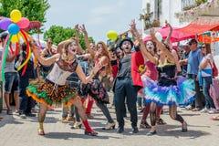 Straßenparade in Ibiza stockfoto
