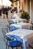 Straßenrestaurant in Venedig stockfotografie