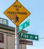Straßenschild für Pike-Platz-Markt in Seattle, Washington, die Vereinigten Staaten von Amerika stockfotografie