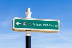 Straßenschild in Frankreich Lizenzfreie Stockfotos