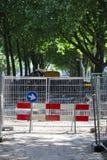 Straßensperre wegen des Straßenbaus stockfotos