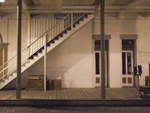 Straßenszene nachts in altem Sacramento Lizenzfreie Stockbilder