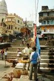Straßenszene in Varanasi Stockfotos