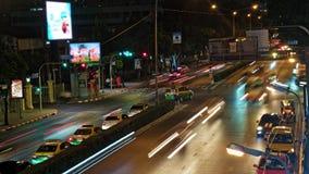 Straßenverkehr auf Stadtstraßen stock footage