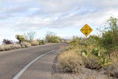Straßenverwendungszeichen des Nationalparks geteiltes Lizenzfreies Stockfoto