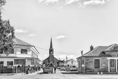Straßenbild mit den Holländern verbessert in Fraserburg einfarbig lizenzfreies stockbild
