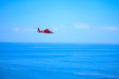 Straż wybrzeża helikopter Zdjęcia Stock