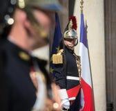 Strażnik honor przy Elysee pałac obrazy stock