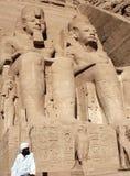 Strażnik przy Abu Simbel świątynią Obrazy Royalty Free