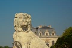 Strażowego psa statua, szczegół kasztel Chantilly, France zdjęcie stock