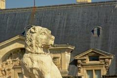 Strażowego psa statua, zamyka up, szczegół kasztel Chantilly, France zdjęcia stock