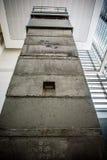 Strażowy wierza od Wschodniego Berlin zdjęcie stock