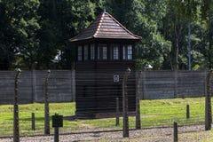 Strażowy wierza w Auschwitz Ja eksterminacja obóz zdjęcie stock