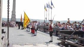 Strażowy zmiana korowód przy Alba Iulia fortecą, Europa, Rumunia zdjęcie wideo