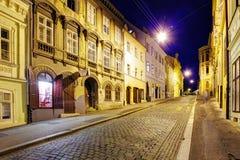 Straat bij nacht, Zagreb stock afbeeldingen