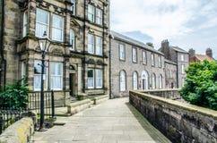 Straat binnen berwick-op Tweed met inbegrip van het Douanehuis Stock Afbeelding