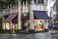 Straat binnen de stad in Royalty-vrije Stock Afbeelding