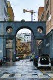 Straat in de historische centrum Metropolitaanse stad van Milan Italy royalty-vrije stock foto's
