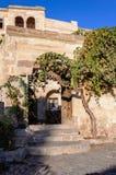 Straat in de oude stad Goreme Goreme, Cappadocia, Nevsehir-Provincie, Centraal Anatolië, Turkije royalty-vrije stock afbeeldingen